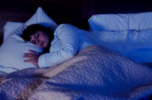 Почему нужно спать в темноте ночью. Как сохранить мелатонин