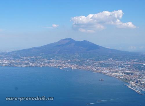 Везувии. Как вулкан Везувий чередует извержения и периоды покоя