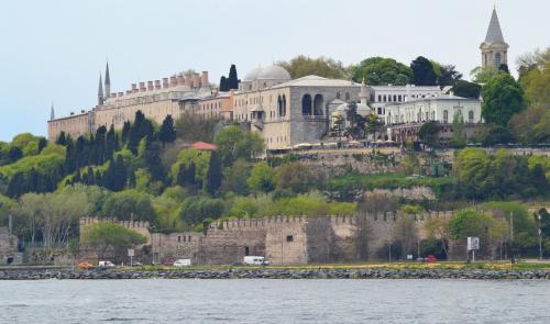 Дворец Топкапы путеводитель. Дворец Топкапы — самый посещаемый музей в Стамбуле