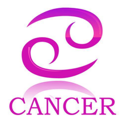 Что нравится мужчине раку в женщине. Какие женщины нравятся Ракам - мужчинам