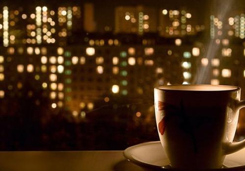 Можно ли пить чай на ночь. Перед сном чай пить вредно или полезно