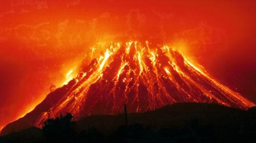 Камчатский супервулкан. Ученые рассказали, почему следует опасаться извержения камчатского супервулкана Карымшины