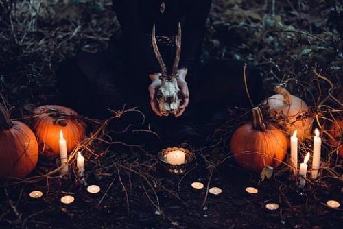 Интересные истории о хэллоуине. Хэллоуин: история праздника