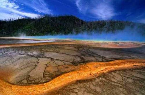 Йеллоустоун вулкан. Вулкан Йеллоустоун в Америке: последние новости — апрель 2020 года