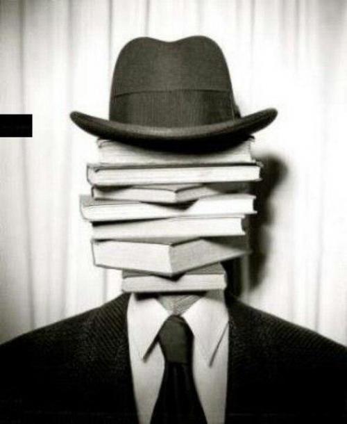 Книги с психологическим смыслом. Подборка эмоционально и психологически тяжелых книг.