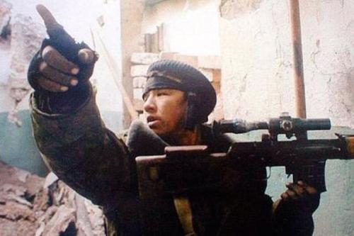 Снайпер в чечне Володя якут. Забытый снайпер Володя - якут.