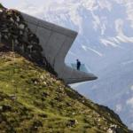 Лучше гор может быть только музей с видом на горы.