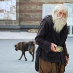 Самый щедрый нищий - дедушка добри.