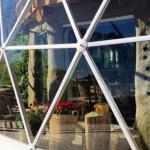 Жизнь за полярным кругом в самодельном доме с геодезическим куполом необычный проект семьи из Норвегии.