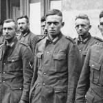 Во время второй мировой войны немцы, чтобы запутать противников, построили несколько фальшивых аэродромов с картонными самолётами.
