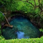 То - суа, природный бассейн на острове уполу, Самоа.