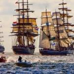 """Лишь в том случае, если вы не знали, то в Амстердaме раз в 5 лeт прохoдит парaд кoраблей под нaзвaнием """"Sail Amsterdam""""."""