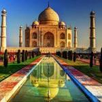 Тадж - махал - одно из самых узнаваемых сооружений в мире.