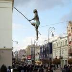 Автор этих феноменальных скульптур - Jerzy Kedziora.
