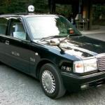 А вы знали, что в Японии задние двери такси открываются автоматически?