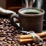 Ученые разных стран пришли к выводу, что употребление двух и более чашек кофе или чая в день может провоцировать развитие рака легких.