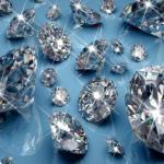 Чтобы проверить, настоящий ли перед вами бриллиант, просто подышите на него.