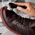 14 отличных советов, которые помогут вернуть обуви великолепный вид.