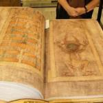 """""""Кодекс Гигас"""" или """"библия дьявола""""."""