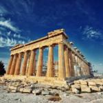 Акрополь - легендарный символ греческой столицы - города Афины.