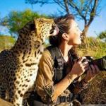 Бесстрашная фотограф из ЮАР, с которой дикие звери становятся ручными.