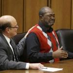 Эмоции человека, отсидевшего в тюрьме более 38 лет за убийство, которого он не совершал, после признания его невиновным.